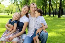 Free Family Together In The Park Stock Photos - 20553143