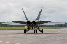 Free F/A-18 Taxiing For Take Off Royalty Free Stock Image - 20561426