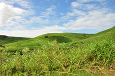 Free Green Hill Royalty Free Stock Image - 20564286