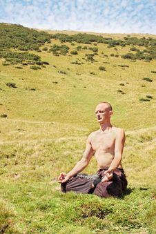 Free Man Meditating Stock Photos - 20565653