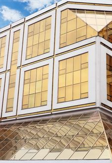 Free Office Building Royalty Free Stock Photo - 20565665