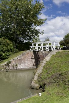 Free Narrow Boat Lock, Caen Hill, Wiltshire Royalty Free Stock Photo - 20568115