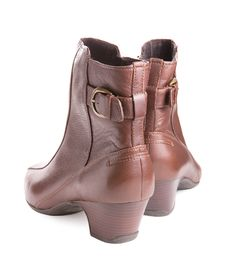 Free Pair Of Women S Boots Stock Image - 20568291