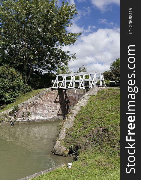 Narrow boat lock, Caen Hill, Wiltshire