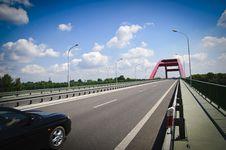 Free Road Thru Bridge Royalty Free Stock Image - 20571576