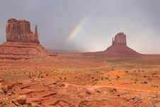 Free Rainbow And Mittens - Monument Valley, Arizona Royalty Free Stock Image - 20573566