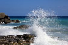 Free Waves Breaking On A Rock Stock Photos - 20574133