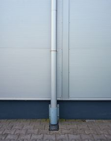 Free Metal Gutter Royalty Free Stock Images - 20575039