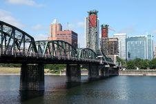 Free The Hawthorne Bridge And Portland OR., Skyline. Royalty Free Stock Photos - 20575188