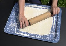 Free Kneading Dough Stock Images - 20575724
