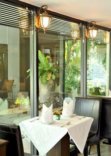 Free Modern Restaurant Stock Images - 20578374