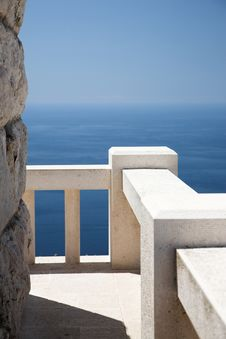 Free Stone Viewpoint And Banister, Ocean View Stock Image - 20582851