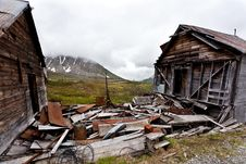 Free Abandoned Miner Houses In Alaska Stock Images - 20585944
