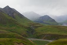 Free Mountain Range In The Fog, Denali National Park Royalty Free Stock Photography - 20585987