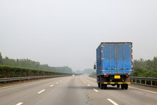Free A Truck On The Highway Royalty Free Stock Photos - 20591778