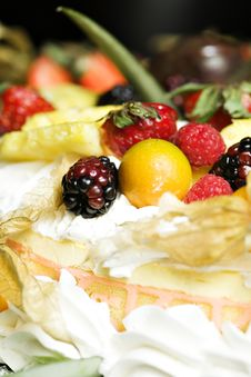 Fruit And Whipped Cream Cake Royalty Free Stock Photography