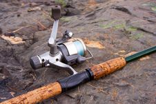 Free Spinning Reel And Rod Royalty Free Stock Image - 20593486