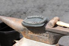 Free Horseshoe On The Anvil. Royalty Free Stock Images - 20593569