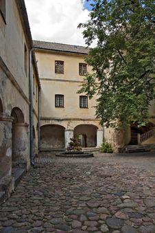 Free Medieval Castle Courtyard. Stock Photos - 20594043