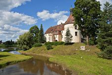 Free Medieval Castle In Jaunpils. Stock Photography - 20594382