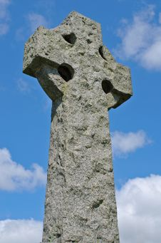 Free Ancient Irish Celtic Cross In Granite Stock Image - 20596121