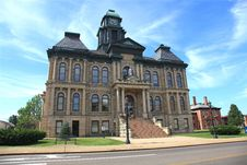 Free Old Small Town Court House Royalty Free Stock Photos - 20597168