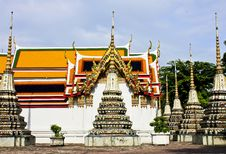 Free Thai Stupa Royalty Free Stock Photos - 20598958
