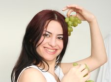 Free Grapes Jewelry Royalty Free Stock Photography - 2060657