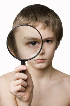 Free Boy Looking Through The Lens Royalty Free Stock Photos - 2063158