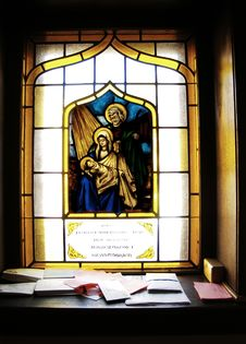 Free Beautiful Church Window Royalty Free Stock Images - 2065509