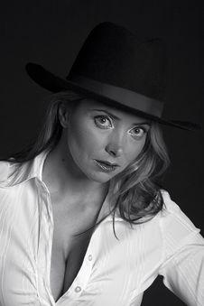 Free Beautiful Woamn Wearing A Hat Stock Photo - 2065800