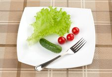 Free Fresh Vegetables And Green Salad Royalty Free Stock Photography - 20601587