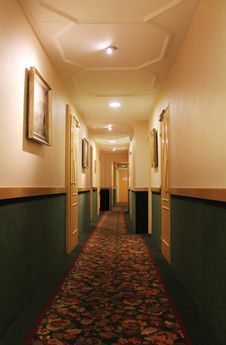 Free Hotel Corridor Royalty Free Stock Photos - 20602328