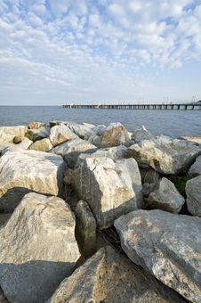 Free View Of The Pier Royalty Free Stock Photo - 20608085