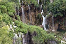 Free Waterfall Royalty Free Stock Photo - 20608355