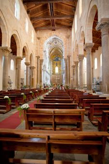 Free Interior Of Cathedral In Cefalu, Sicily, Italy Royalty Free Stock Photography - 20610517