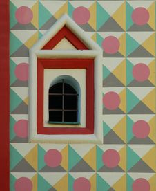 Free Old Window In The Painted Wall Stock Photos - 20610853