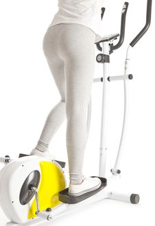 Free Women On Exercise On Machines Stock Photo - 20611070