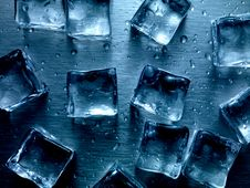 Free Ice Cubes Royalty Free Stock Photography - 20612257