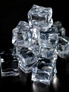 Free Ice Cubes Royalty Free Stock Image - 20612266