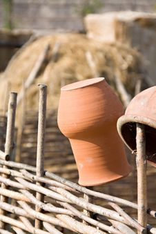 Free Clay Jugs On Fence Royalty Free Stock Image - 20612716