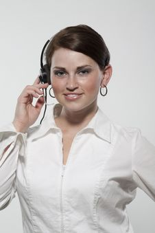 Free Female Business Professional Wearing A Headset Royalty Free Stock Photos - 20613988