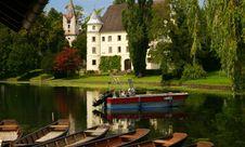 Free Austrian Palace Royalty Free Stock Photography - 20618697
