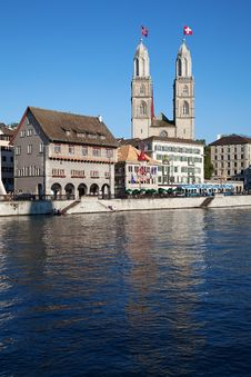 Free Zurich In Summer Royalty Free Stock Images - 20620939