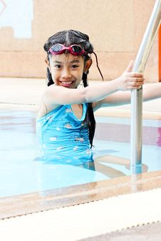 Free Young Girl Going Out Of Swimming Pool Stock Images - 20623204