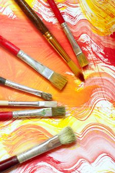 Free Paint And Brushes Royalty Free Stock Photos - 20624438