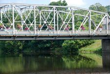 Free Kissing Bridge Stock Photography - 20632392