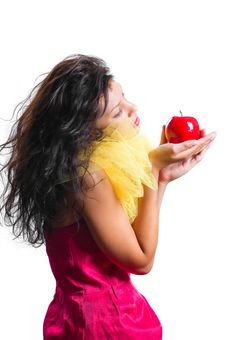 Free Beautiful Brunette Woman With Red Apple In Hands I Royalty Free Stock Photo - 20638075