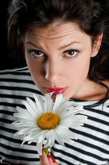 Free Beautiful Young Woman With Chamomile In Hand Stock Photography - 20638082