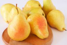 Free Ripe Yellow Pears Stock Images - 20638924